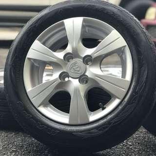 Original saga flx 14 inch spors rim tyre 70%