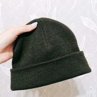 🚚 深綠色毛帽