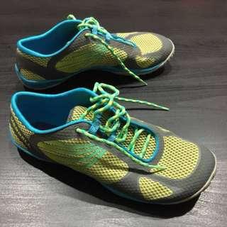 Sepatu Merrel