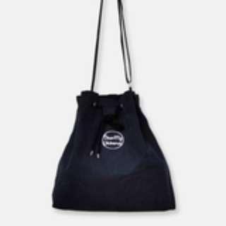 🇰🇷韓國正版 (Y13901) DEAR MY UNIVERSE 單肩抽繩水桶包 BUCKET BAG