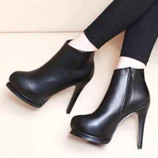 Korean stiletto faux leather ankled boots