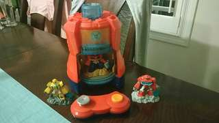 Rescue Bots Beam Box & 3 Characters