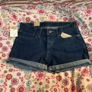 🚚 Levi's 女牛仔短褲(W27)