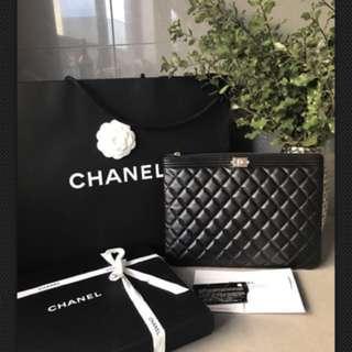 Chanel O Case Medium Authentic (reduce price)
