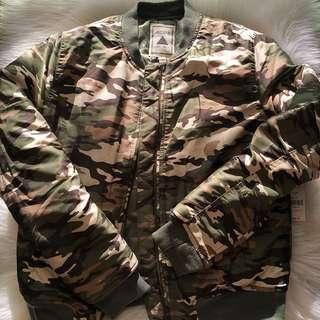 BNWT Camo Bomber Jacket size s
