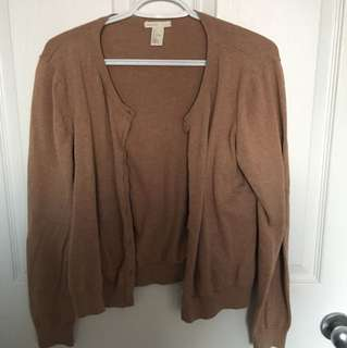 Selling H&M beige cardigan in large