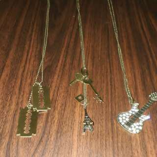 Random Necklaces