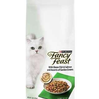 Fancy Feast 1.36kg - $12.00