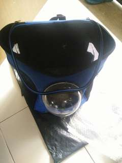 Pet capsule bag for cats and puppy