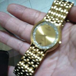 🚚 瑞士能雷蒙威包金鑽錶