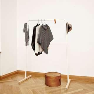 Hank Clothing Rack