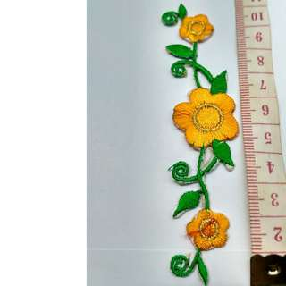 Iron on floral flower applique patch embroidered fabric decoration Free normal postage