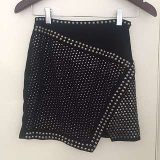 Bardot Size 6 Black Studded Skirt