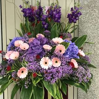 Congrats flowers (box stand)