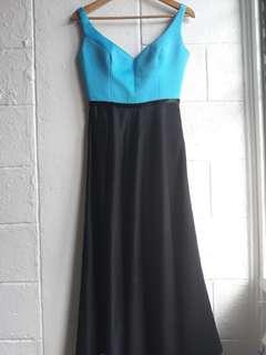 Gown/formal wear