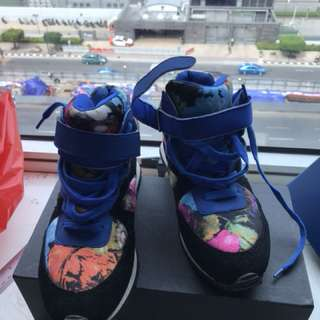 Sneaker fashion