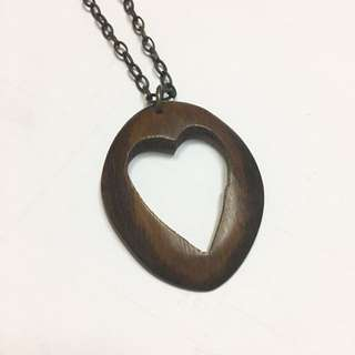 Wood heart pendant necklace