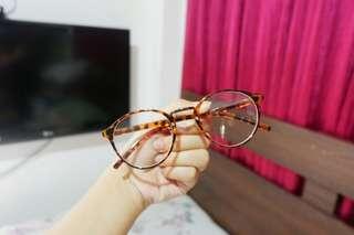 Specs (replaceablell lens)