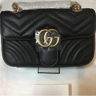 Gucci GG Marmont (22cm)