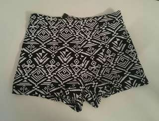 Brand New - Aztec printed high waisted shorts