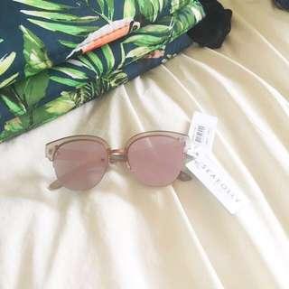 NEW! SEAFOLLY 'watego' sunglasses