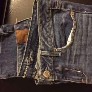 American eagle size 26 skinny jeans