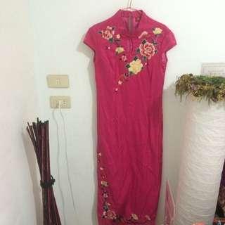 🚚 復古刺繡洋裝