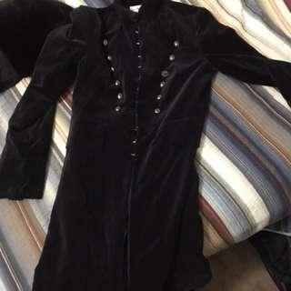 Black suede goth jacket w buttons sz 8