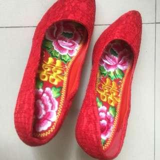 紅色褂鞋文連鞋墊 35 / 36