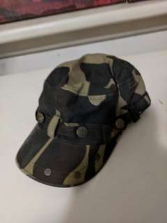 Army Camo Cap buttons