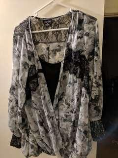 City Chic XS (14-16) thin long sleeve grey black top