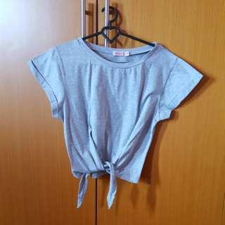 Grey t shirt