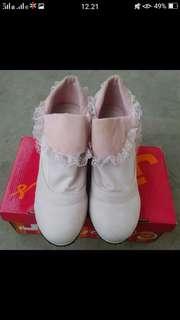 JJ shoes pink semi boots