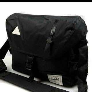 Herschel Sling bag