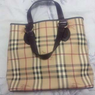 👜AUTH Burberry Bag👜