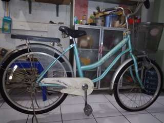 Sepeda wicycle perempuan