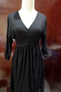 Dress pendek tali belakang