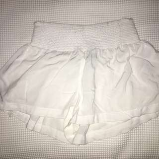 'Glassons' white cotton shorts