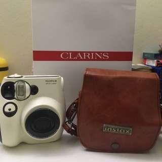Fujifilm Instax Mini 7S Polaroid Camera ( Hello Panda Edition)