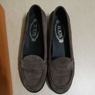 Tod's shoes  37 1/2