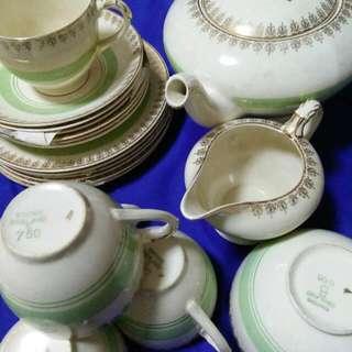 古董帝国英国骨瓷咖啡具一套(五个杯!丿