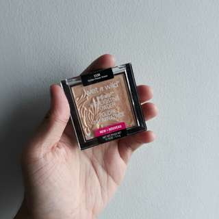 Wet n Wild Megaglo Highlighter in Golden Flower Crown