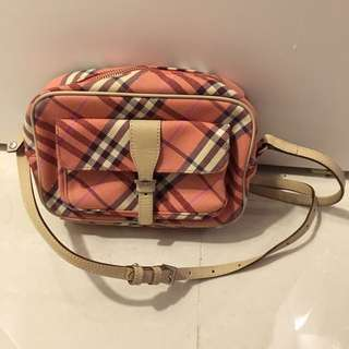 Burberry blue label cross body bag- Burberry 粉紅色斜咩格仔袋
