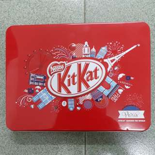 Tin Kit Kat ( PARIS )