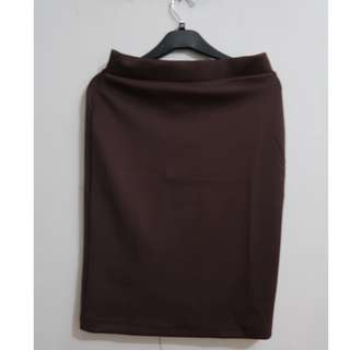 A046 BODYCON STRECHT SKIRT BROWN FIT TO SIZE L