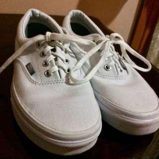 AUTHENTIC Vans white sneakers