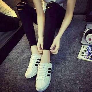 Sepatu kets adidas replika hitam