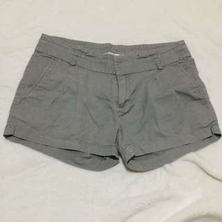 F&X short