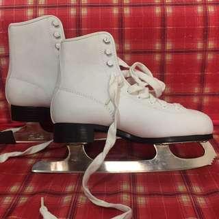 American Rocket Figure Skates Ice Skates Size 3
