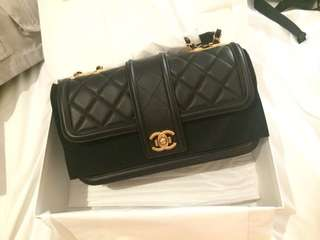 100%全新 正貨 CHANEL calfskin flap bag